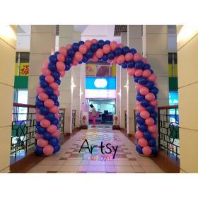 Арка из шаров 2 цвета 7 метров на вход