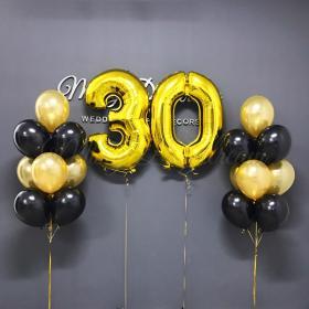 Две цифры на юбилей и день рождение и по бокам 2 фонтана из шаров
