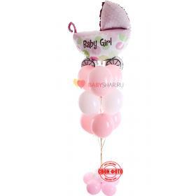 Композиция с розовыми шариками и фигурой коляски для девочки